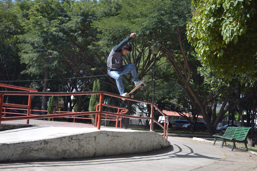 Leo Duron // OverCrook Pop Out